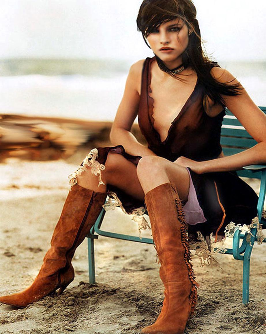 """Lonneke Engel by Jeff Bark """"Rock & Rock"""" L'Officiel Jan 2000 Scan by Alwyn"""