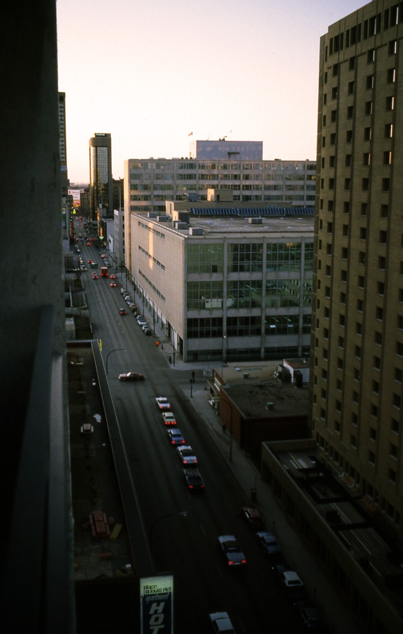 Winnipeg, Manitoba, 28 avril 1982, ma première soirée...My first night